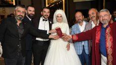 Özel ailesine 'özel' düğün