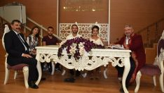 Başkan nikah kıydı, vali şahitlik yaptı