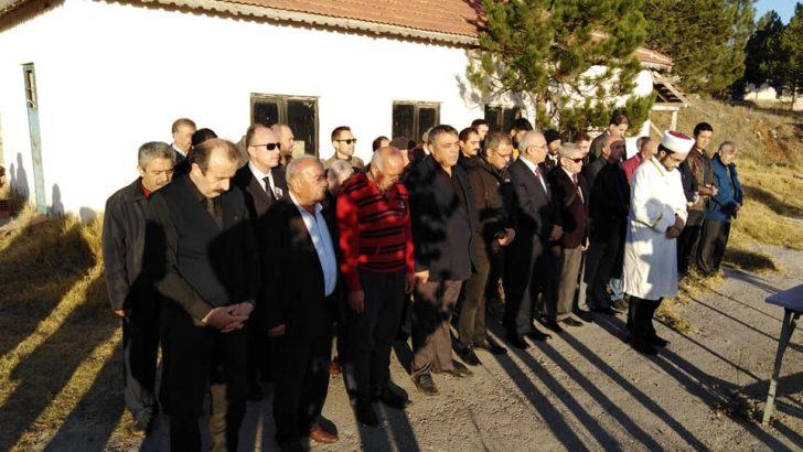 Aykut Çınaroğlu, son yolculuğuna uğurlandı