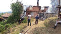 Evde çıkan yangın ormana sıçradı