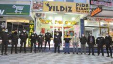 Kavga ihbarına  gelen polislere pastalı kutlama