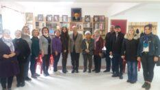 CHP Kadın Kolları, Demirer ve ekibini kutladı