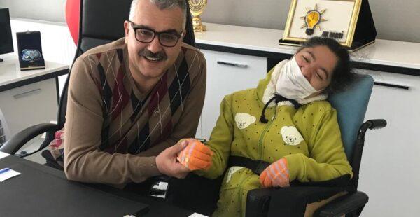 Ahlatcı'dan engellilere yakın ilgi