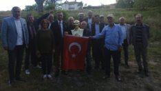 Kılıçdaroğlu'ndan Ulusoy çiftine Atatürk büstü ve Türk bayrağı