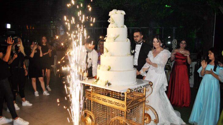 Hira ile Hüseyin Can'a görkemli düğün