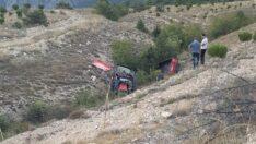 Traktör devrildi: 2 ölü