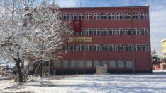 4 öğrenci Covid-19'a yakalandı, 2 sınıf karantinaya alındı